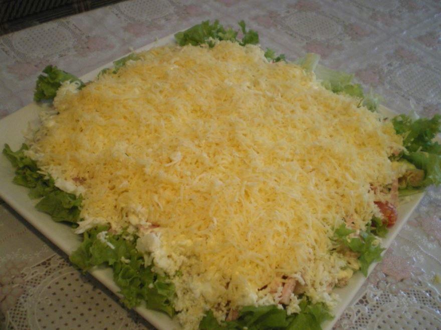Салат с курицей и сыром рецепт
