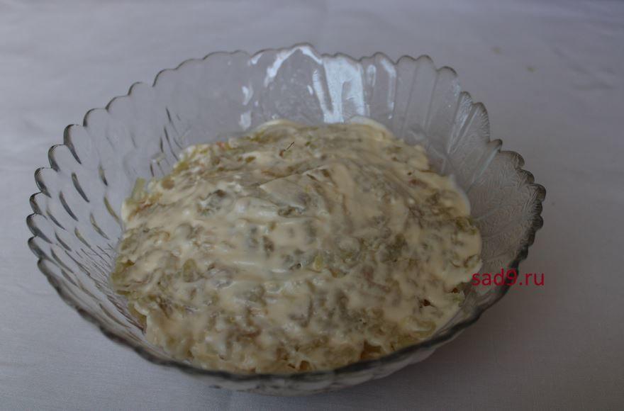 Салат Мимоза с консервой пошаговый