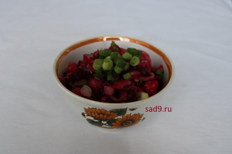 Салат 'Винегрет' классический с зеленым горошком