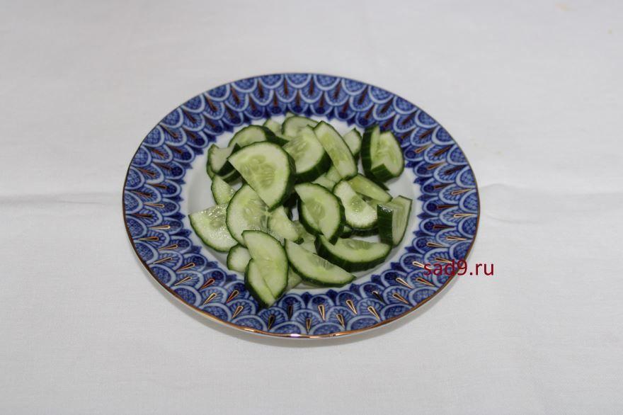 Салат с помидоров и огурцов, пошаговый рецепт с фото