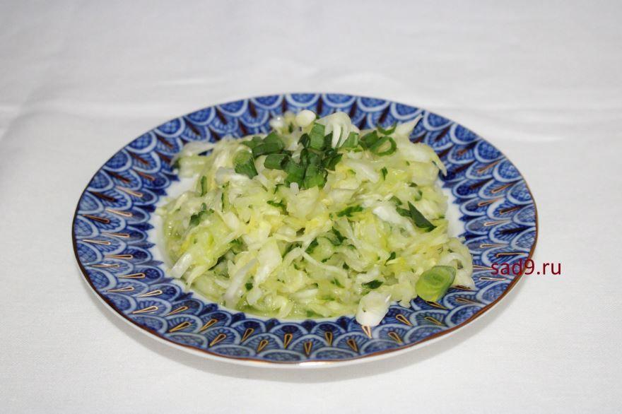 Простой салат с капустой, пошагово с фото