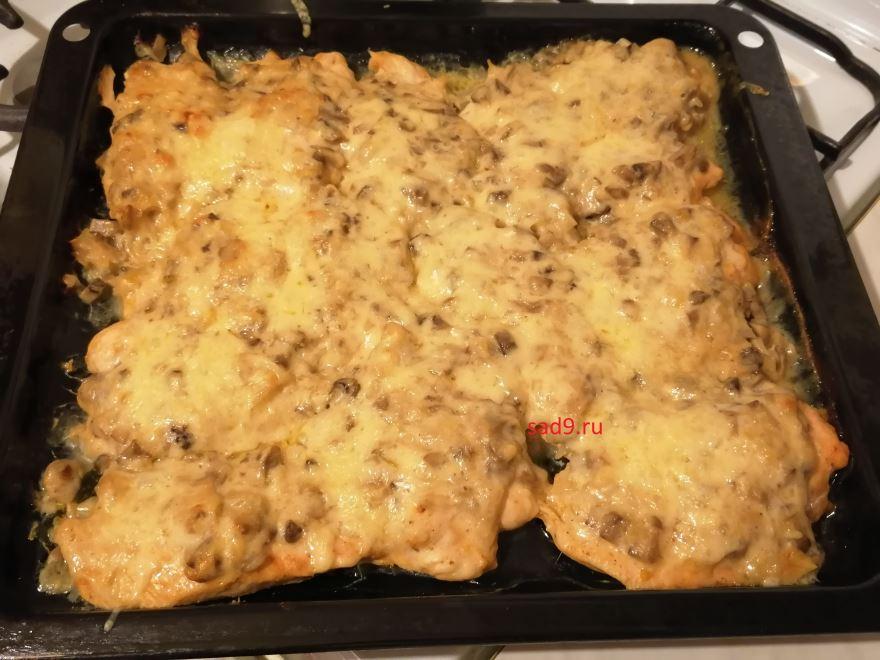 Курица с грибами вкусный и простой рецепт