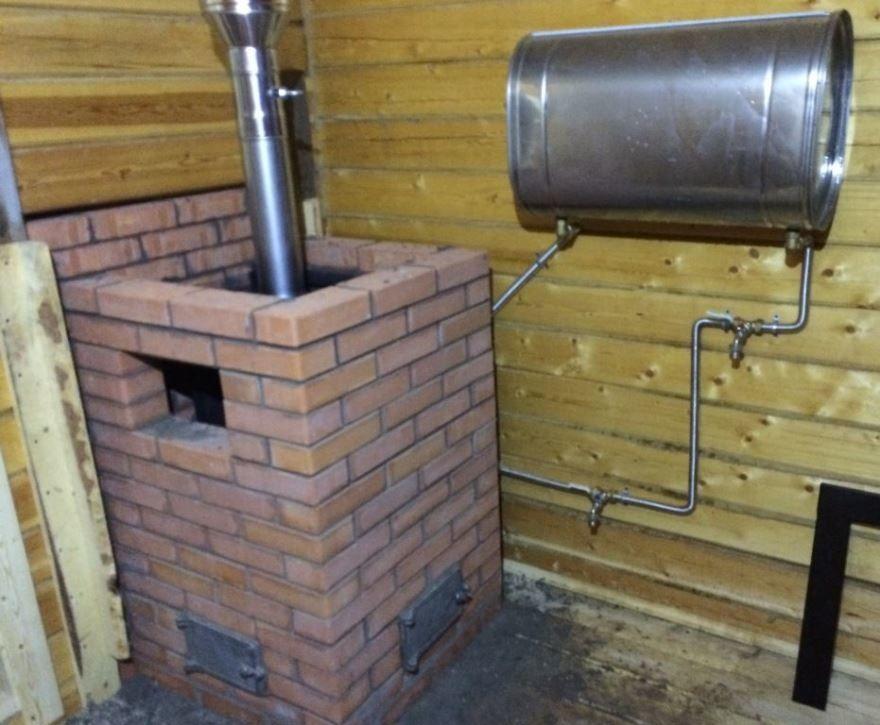 Печь для бани на дровах с баком