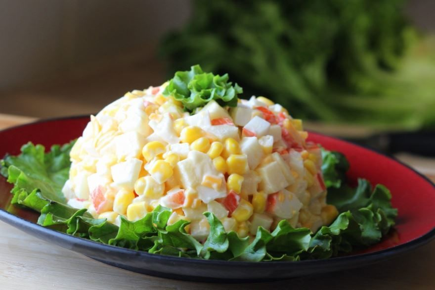 Вкусный крабовый салат, фото