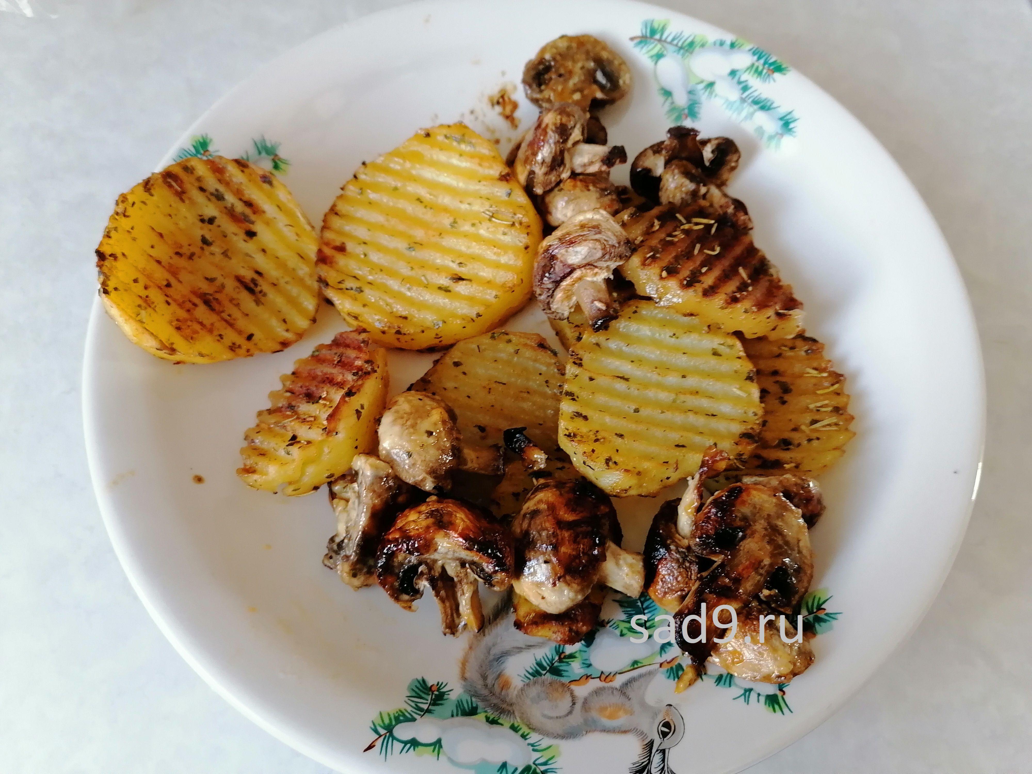Вкусный и простой рецепт приготовления картофеля с грибами в духовке