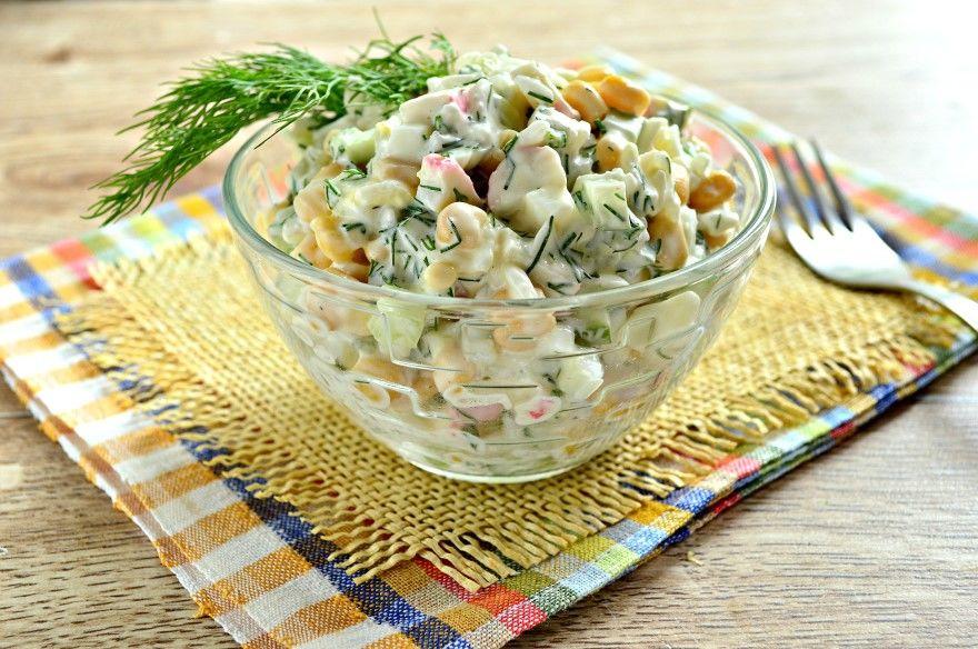 Крабовый салат рецепт классический с огурцом крабовые палочки