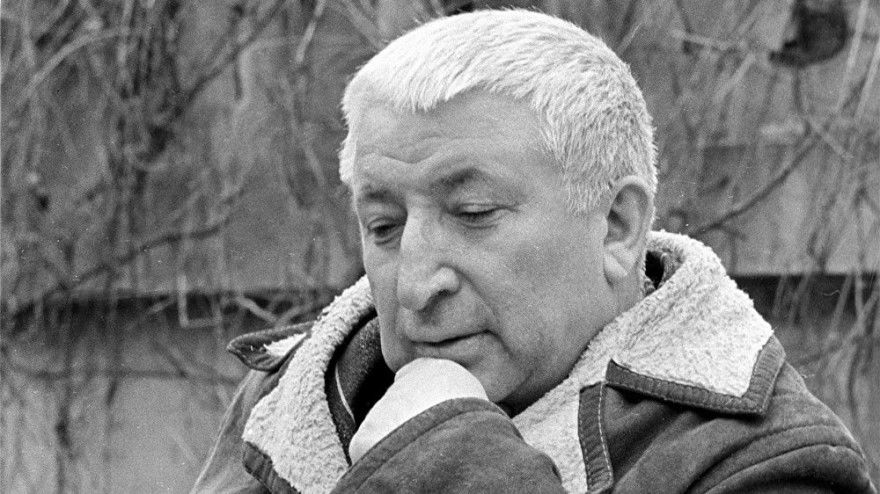 Стихи Гамзатова короткие легкие о Родине маме Дагестан